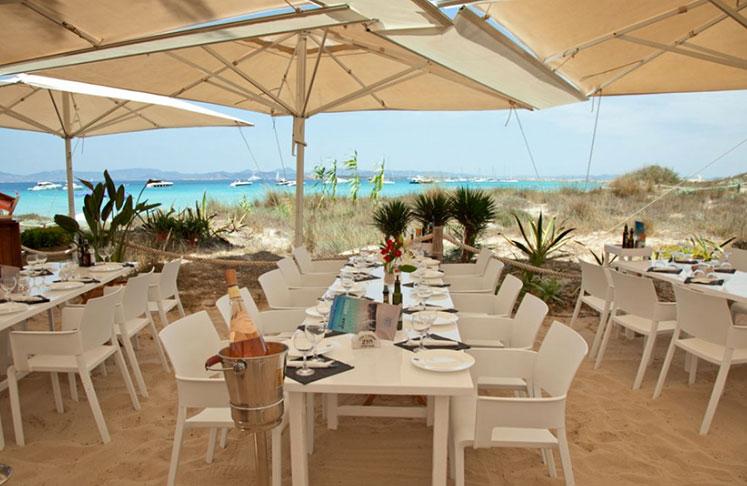 Juan Y Andrea Restaurant in Playa de ses Illetes