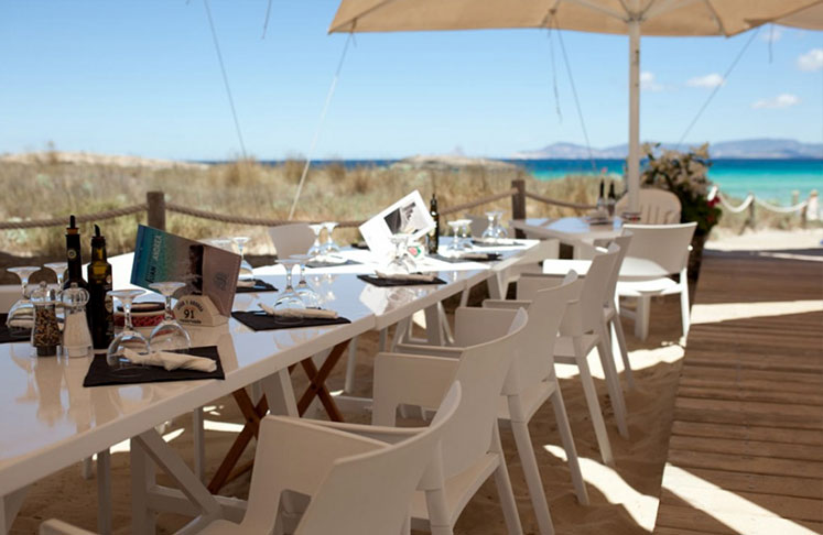 Lunch at Juan Y Andrea Restaurant in Playa de ses Illetes