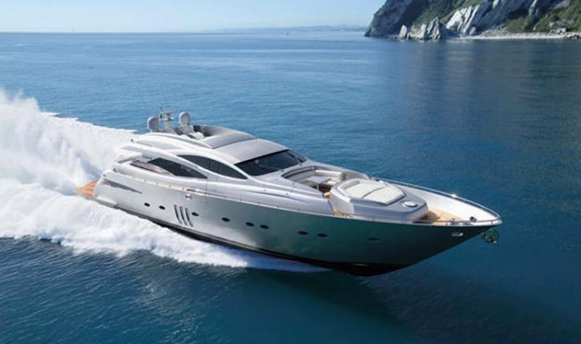 Pershing 90 Superyacht in Ibiza