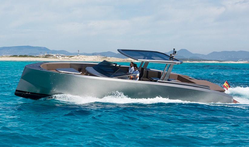 Vanquish 48 DC Motorboat in Ibiza