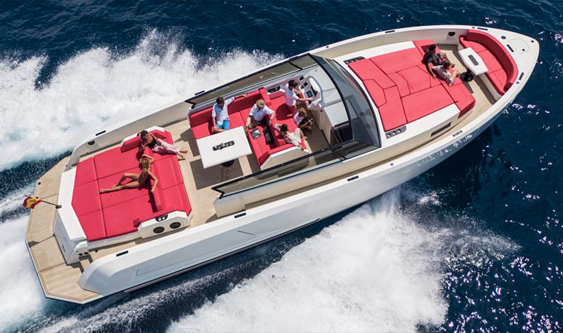 Vanquish 54 Motorboat