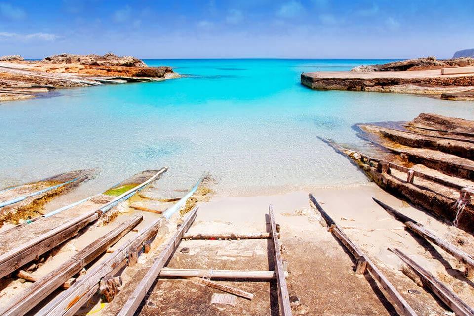 Formentera Beach Guide to Es Calo Beach Formentera