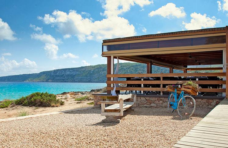 Formentera Beach Guide to Es Calo Restaurant, Playa de Es Calo
