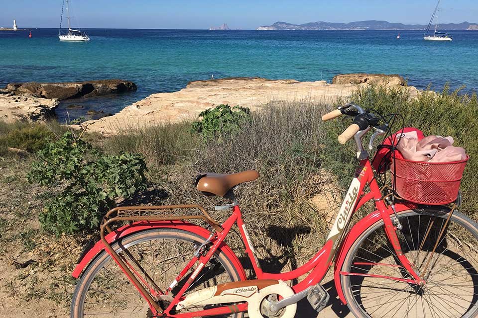 Formentera Beach Guide to Es Pujols Beach formentera